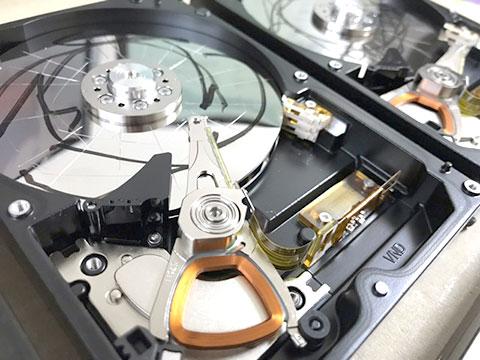 HDDの内部写真